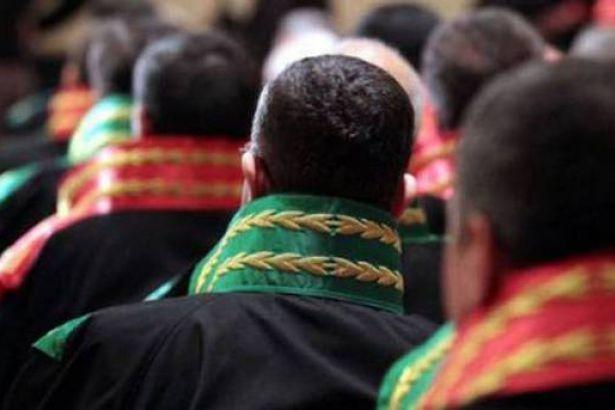 Adana'da 4 hakim tutuklandı