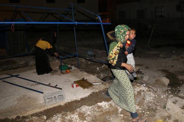 Adana'da Suriyelilerin çadırı yakıldı, ateş açıldı: 2 Suriyelinin durumu ağır!