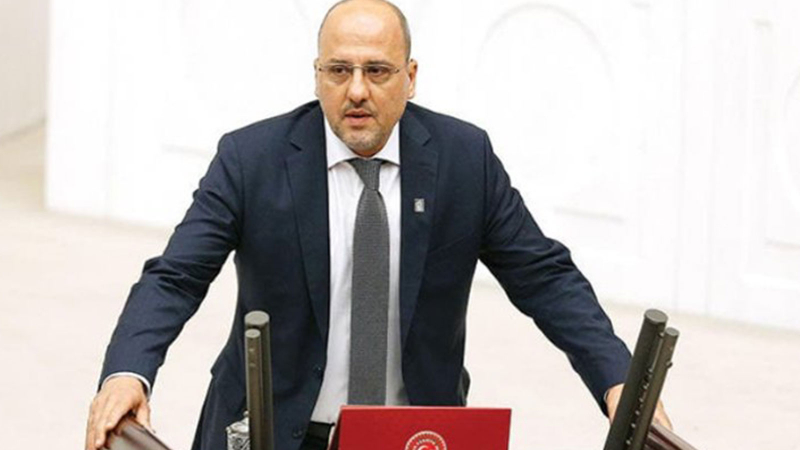 Ahmet Şık: Suçlayacak gazeteci arıyorsanız iktidar medyasına bakın