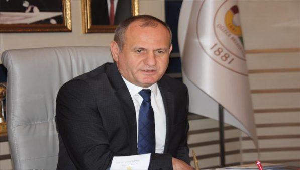 AKP'li Düzce Belediye Başkanı istifa etti!