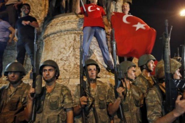 'Ankara'da darbe oluyor' iddiası sonrası AKP'li vekilden açıklama