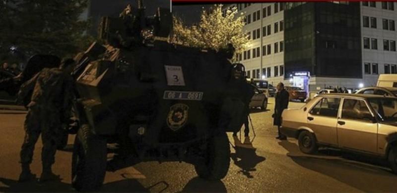Ankara'da düzenlenen operasyonda çatışma!