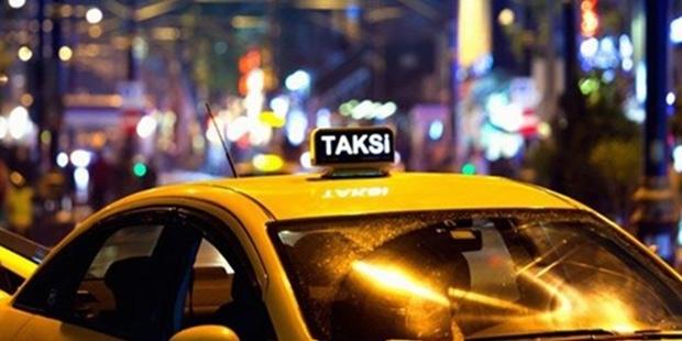 Arap turisti dolaştıran taksiciye hapis cezası