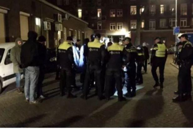 Bakan Kaya, polis eşliğinde Rotterdam'dan ayrıldı