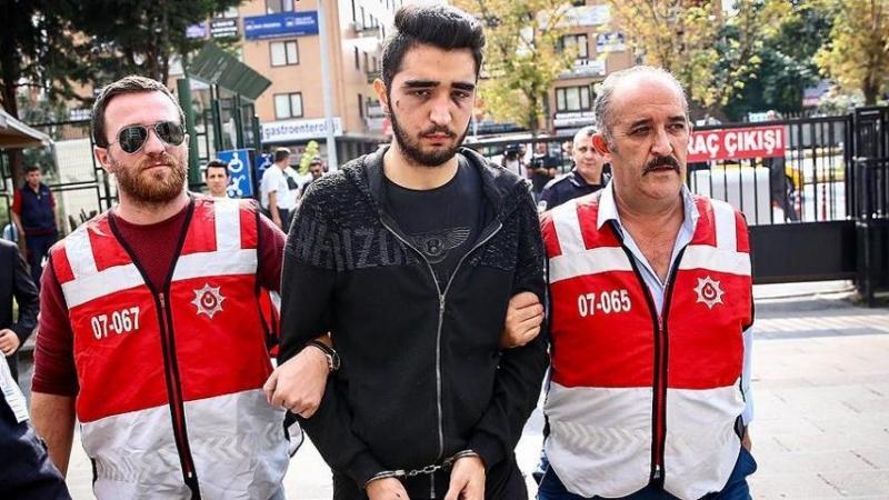 Bakırköy'de aracı yayaların üzerine süren kişi savcı çocuğu çıktı