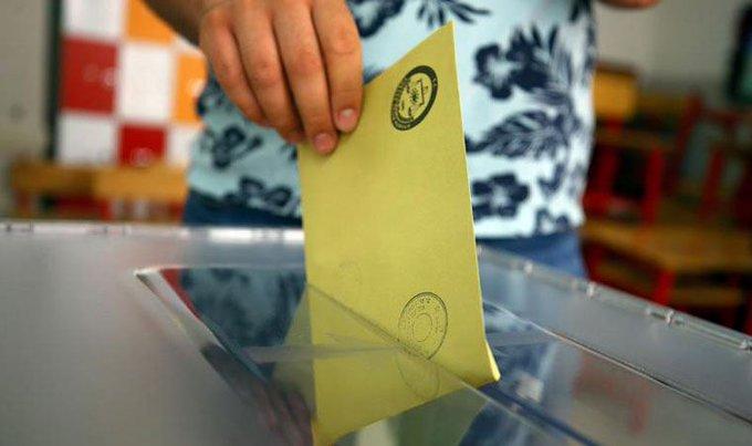 Barış Yarkadaş: AK Parti, seçim barajını yüzde 12'ye çıkarmak istiyor