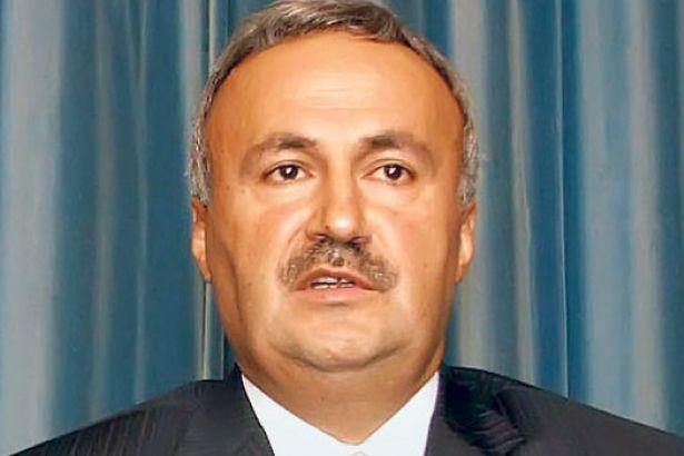 Bir AKP kurucusu daha 'hayır' oyu vereceğini açıkladı