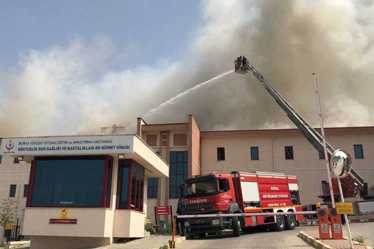 Bursa'da hastanede yangın! Hastalar tahliye edildi
