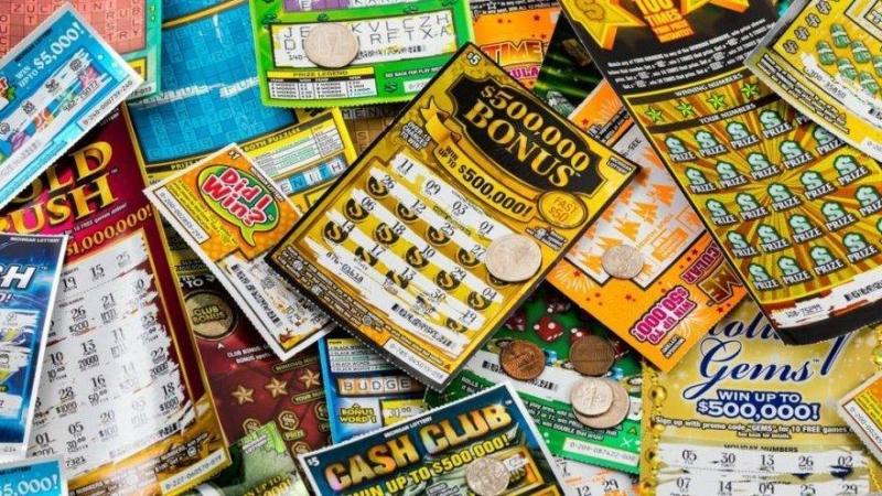 Çalıntı kartla lotoyu tutturan kişi para almaya gidince yakalandı
