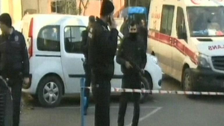 Cerrahpaşa Tıp Fakültesi'nde 'silahlı polis' paniği! Sağlık personeli tahliye edildi