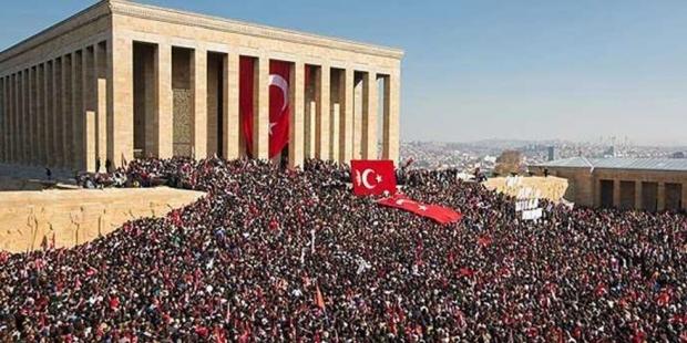 CHP: İzin vermeseler de 29 Ekim ve 10 Kasım'da yürüyeceğiz!
