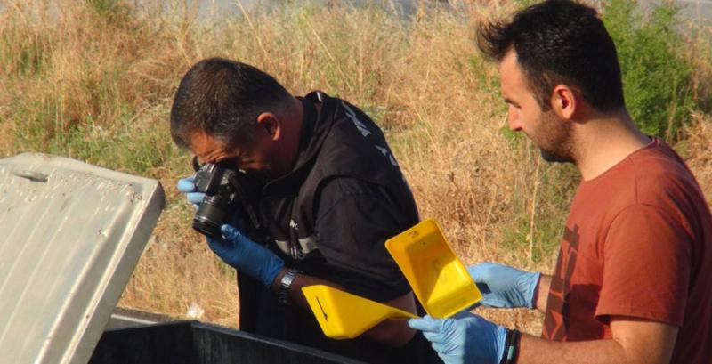 Çöp konteynerinden yeni doğmuş bebek cesedi çıktı