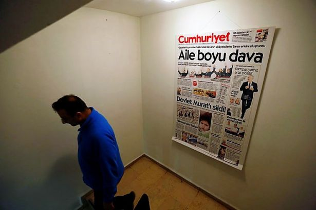 Cumhuriyet gazetesinin tutuklu yazar ve yöneticileri için AİHM'e başvuru