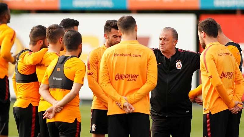 Derbi öncesi Galatasaray'da sakatlık krizi