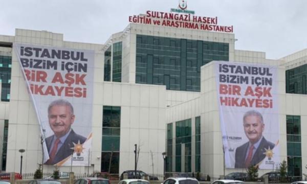 Devlet hastanesine seçim afişi asılması tepki gördü