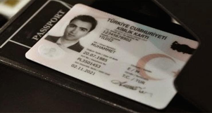 E-Nüfus Sendikası: Çipli kimlikler için saatlerce sıra beklenecek