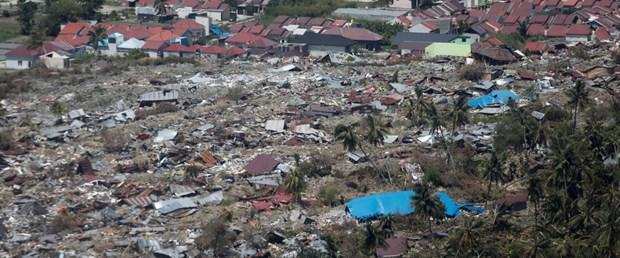 Endonezya'da sel: 50 ölü