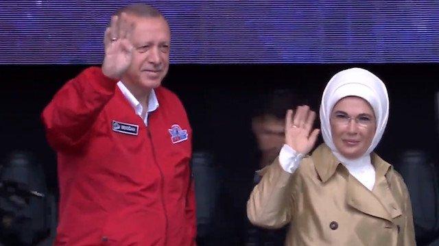 Erdoğan: Bize 'Siz geri kalmış bir milletsiniz öyle kalın' dediler
