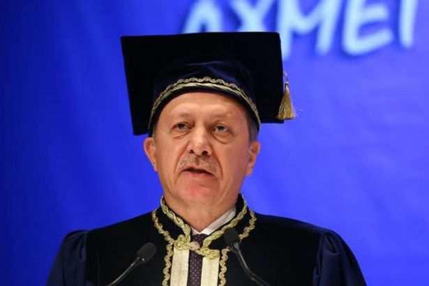 Erdoğan: Eğitim sisteminde büyük sıkıntı var