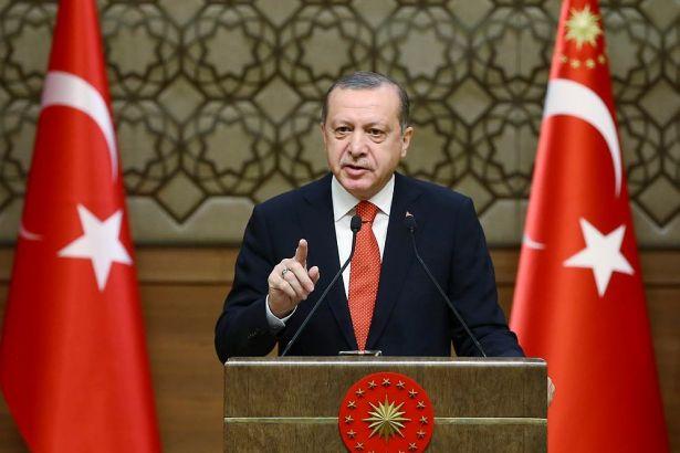 Erdoğan: Elinde silahı olan teröristle; elinde doları, avrosu olan terörist arasında fark yoktur!