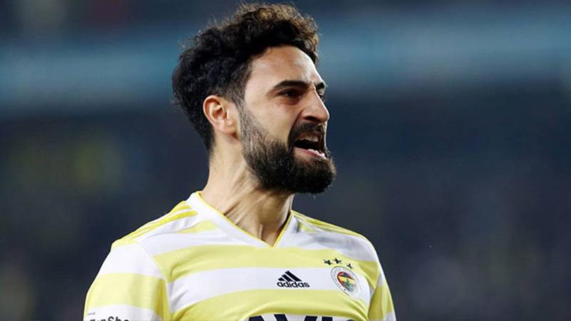 Fenerbahçe, Mehmet Ekici ile yollarını ayırıyor