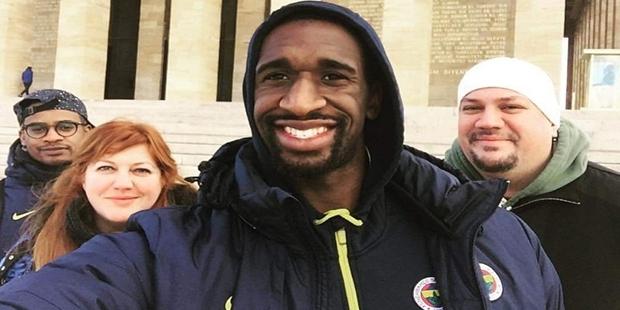 Fenerbahçeli Ekpe Udoh, Anıtkabir'i ziyaret etti