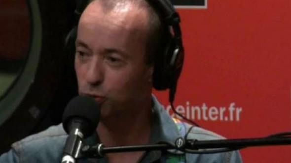 Fransız şarkıcıdan tepki çeken Reina şarkısı: Güzel bir yılbaşı