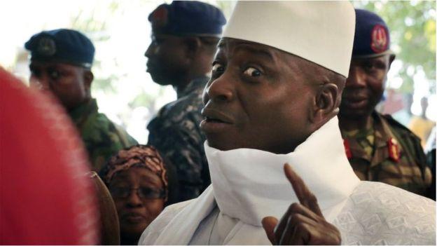 Gambiya'da seçimi kaybeden başkan görevi bırakmıyor!