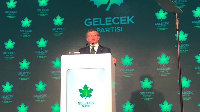 Gelecek Partisi'ni ilan eden Davutoğlu: Bu sistem devam ettiği takdirde demokratik toplum düzenini sürdürmek mümkün olmayacak