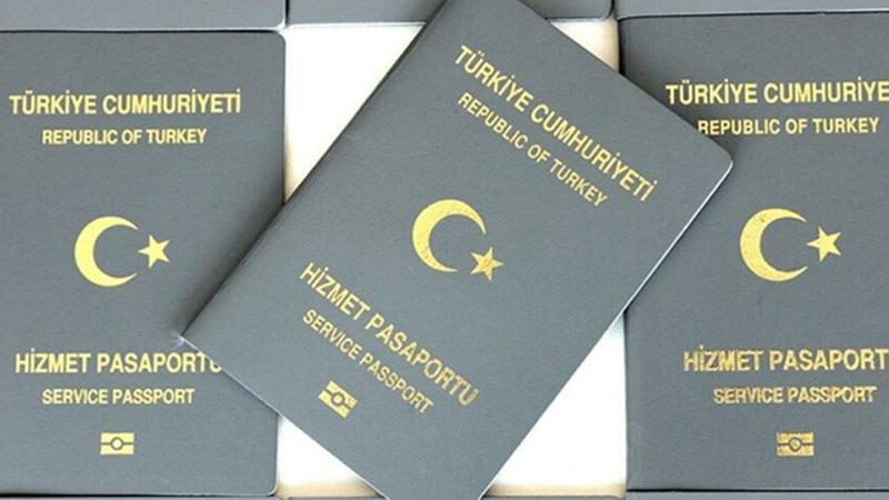 Gri pasaportla Almanya'ya kaçan şahıs: Türkiye dahil her sınırda rüşvet verdik