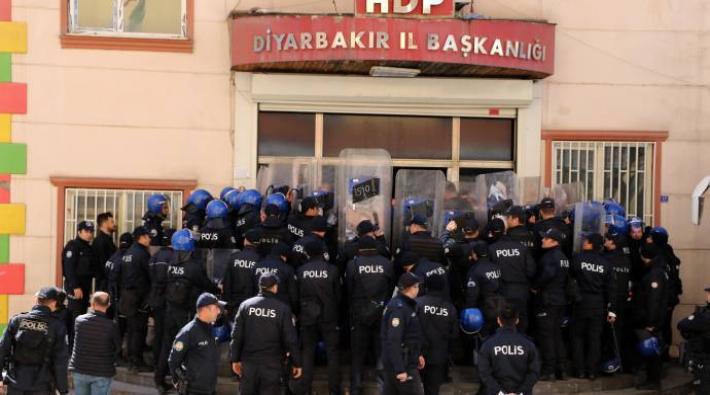 HDP Diyarbakır il binasına baskında 81 kişi gözaltına alındı