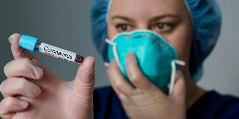 Hollanda'da ikinci kez koronavirüse yakalanan kadın öldü