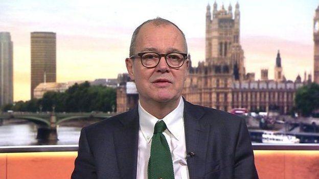 İngiltere hükümetinin danışmanı, koronavirüs aşısı kontratını alan şirketin hissedarı çıktı
