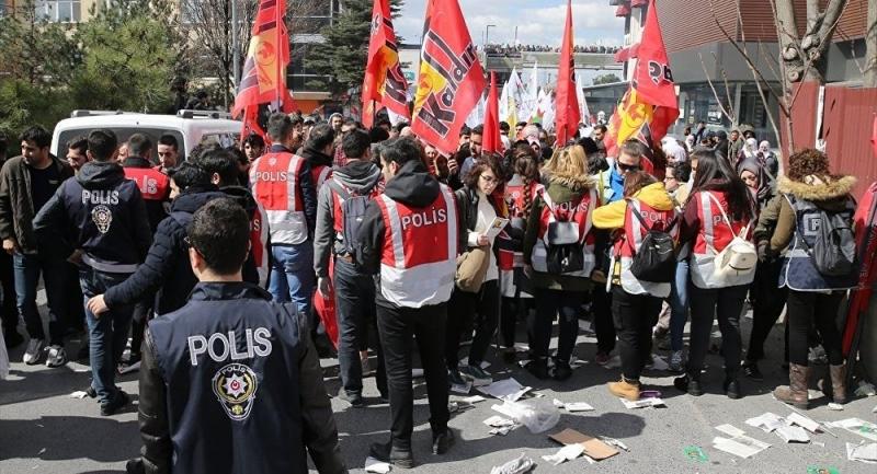 İstanbul'daki Nevruz kutlamasında 33 gözaltı