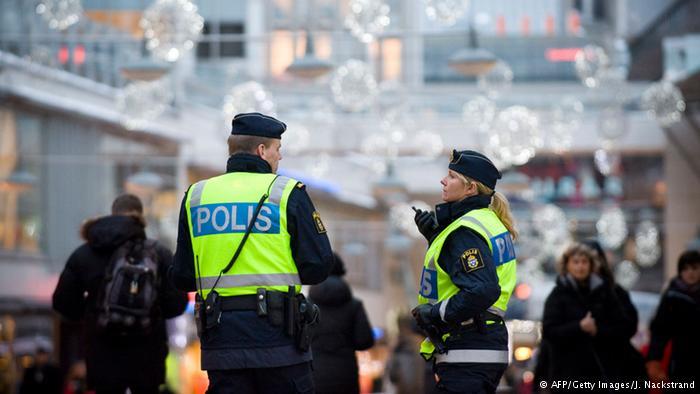 İsveç'te tanımlanamayan toz paniği! Televizyon binası boşaltılıyor