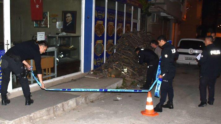 İzmir'de kanlı gece sokak ortasında infaz