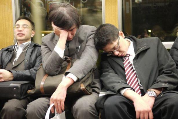 Japonya'da ikinci işte çalışanların sayısı artıyor