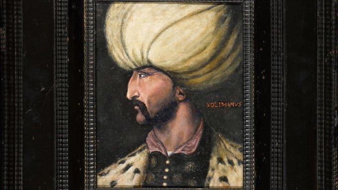 Kanuni Sultan Süleyman'ın portresi İBB'ye bağışlandı