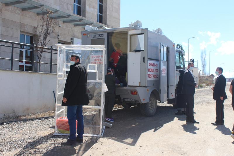 Kastamonu'da, mobil PCR test aracı kullanımına başlandı
