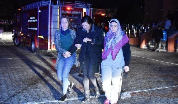 Konya'da öğrenci pansiyonunda yangın!