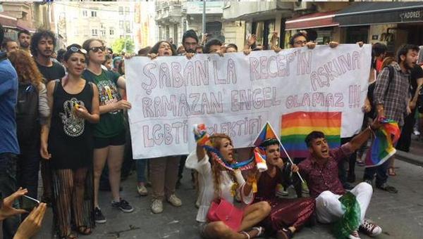 LGBTİ eylemindeki o pankart için karar verildi