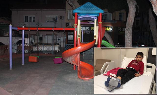 Manisa'da, parkta oynayan çocuğun başına 'yorgun mermi' isabet etti