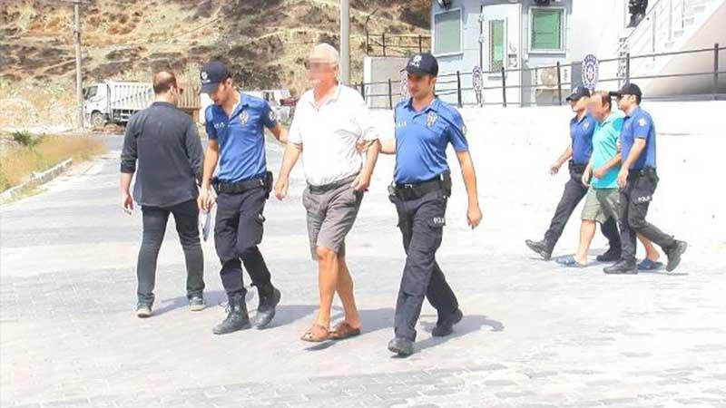 Marmara Adası'ndaki orman yangınıyla ilgili gözaltına alınan baba-oğul adliyede