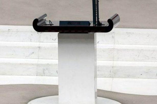 Meclisteki 15 bin Euro'luk mikrofon kayboldu