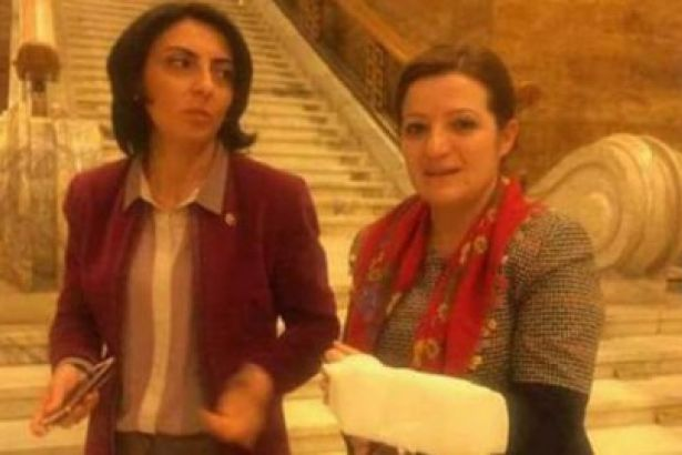 Meclis'teki kavgada CHP'li vekilin kolu çatladı