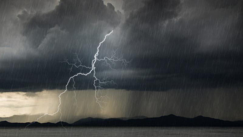 Meteoroloji'den 5 il için yağış ve fırtına uyarısı