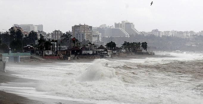 Meteoroloji'den Akdeniz Bölgesi'ne fırtına uyarısı