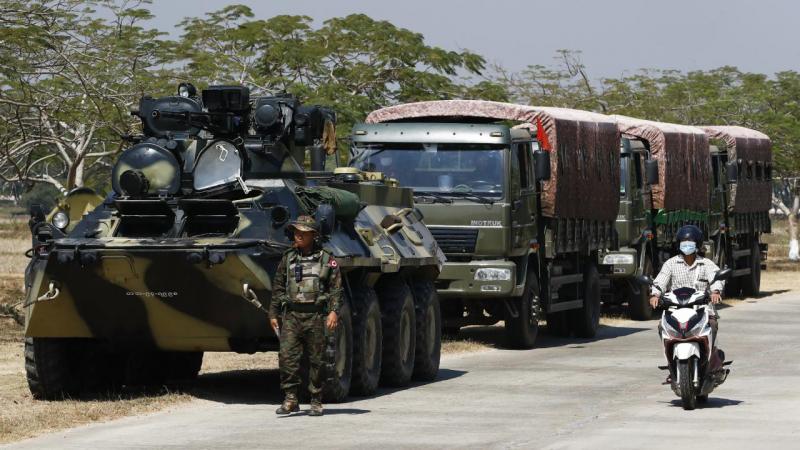 Myanmar cuntası, Hindistan'a kaçan polislerin iadesini talep etti