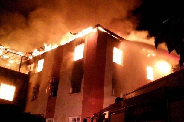 Öğrenci yurdunda çıkan yangında 13 öğrenci hayatını kaybetti