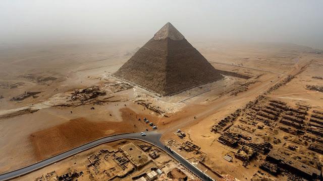 Piramitlerin nasıl yapıldığının gizemi 3 bin yıllık günlükle çözüldü